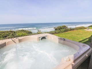 Spectacular Oceanfront Home With Hot Tub - Lincoln City vacation rentals
