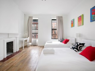 Decorative 3BR * Sleep 8 *C. Park - New York City vacation rentals