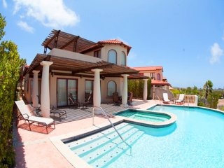 Villa Flamboyant with pool tierra del sol - Noord vacation rentals