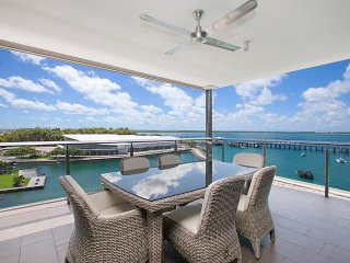Darwin Waterfront Penthouses - 3 Bed Sleeps 6 - Darwin vacation rentals