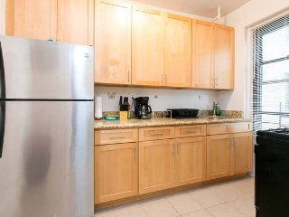 NEW-Awesome 2 Bed. Minutes to Manhattan! - New York City vacation rentals