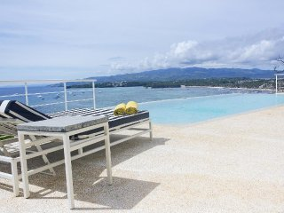 Miami White Villa an amazing view - Boracay vacation rentals