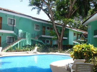 GF07 - Charming Apt 200 m to Beach! - Playas del Coco vacation rentals