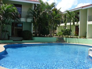 2BR/2BA Villa Sleeps 6 w/ Pool 24 km to Liberia airport - Playas del Coco vacation rentals