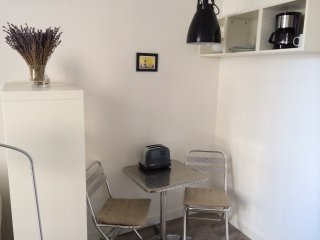Charmant studio en plein centre historique - Avignon vacation rentals