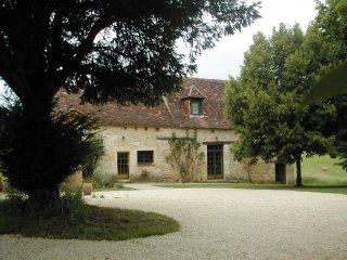 Maison Périgourdine du XVIème en pierres - Campsegret vacation rentals