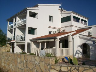 Beautiful Condo with Internet Access and A/C - Vinisce vacation rentals