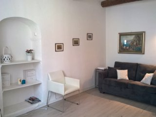 Quiet flat in the heart of the old town - Nice vacation rentals