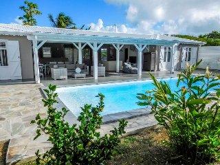 Belle villa de standing 4 chambres. Saint-François - Pointe-Noire vacation rentals