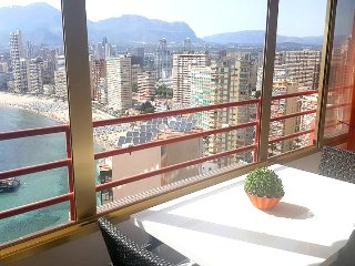 Superb Apartment close to beach & Free WIFI - Benidorm vacation rentals