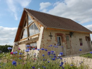 Nice House with Internet Access and Television - Fontaines-en-Sologne vacation rentals