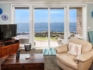 Views! 1 Bdrm w/ Hot Tub, Remodel l - Depoe Bay vacation rentals