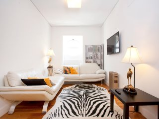 Ideal for Big Groups - Set of nice apartments! - Lisbon vacation rentals