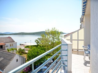 Apartment Demi - One-Bedroom Apartment with Balcony and Sea View - Betina vacation rentals