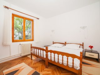 Guest House Radojicic - Triple Room with Bathroom and Shared Terrace 2 - Bijela vacation rentals