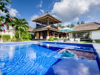 3BR Spacious FAMILY VILLA ★ 700m Jimbaran beach! - Jimbaran vacation rentals