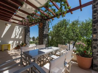 Vacation Rental in Perissa