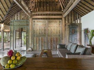 NYTimes Choice, Architect's Natural, Teak Gem - Ubud vacation rentals