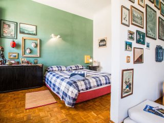 Nice Apartment in Florence with Internet Access, sleeps 2 - Florence vacation rentals