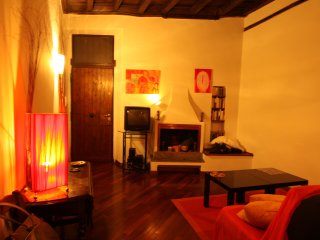LA CASETTA TRASTEVERE DELICIOUS APARTMENT - Rome vacation rentals