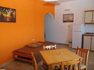 Spacy Ocean view 4persons apartment in Makrigialos - Makry-Gialos vacation rentals