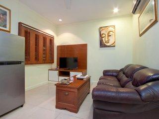 Argyle 2 Bed 100 m2 Phratamnak Hill - Pattaya vacation rentals