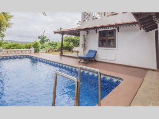 4 bedroom Presidential Garden Villa in Sinquerim - Sinquerim vacation rentals