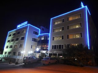 Danende Family Suite, Rental Apartment, Rent Suite - Maltepe vacation rentals