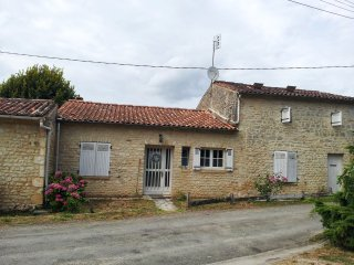 Nice House with Internet Access and Satellite Or Cable TV - Saint Georges Antignac vacation rentals