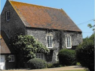 The Chapel - Large 3 bedrooms 4 miles to the coast - Ramsgate vacation rentals