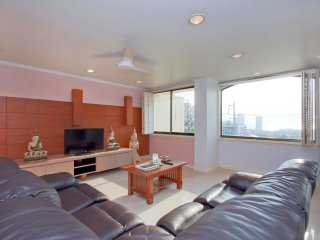 Argyle 2 Bed (7) Penthouse 150 m2 - Pattaya vacation rentals