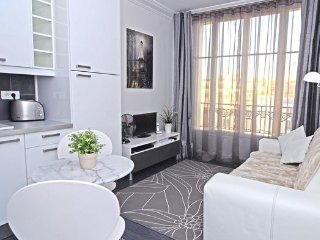 Near the Eiffel Tower in the 15th - Paris vacation rentals