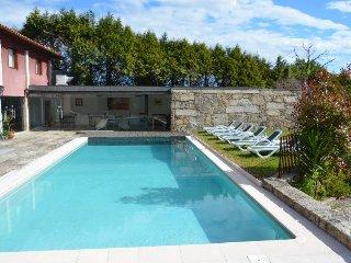 Uma casa Rural Fantástica, Relaxante, com Piscina - Braga vacation rentals