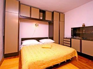 Split Old Town Apartment - Split vacation rentals