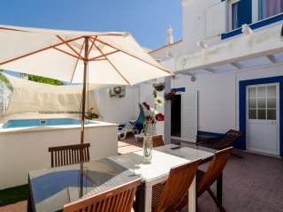 Villa V4 with small Private Pool - Armação de Pêra vacation rentals