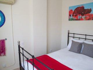 Paphos Love Nest Deluxe Apartment - Paphos vacation rentals