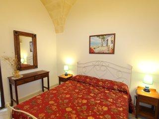 GAROFANO - RESIDENCE BORGO ANTICO DISO - Diso vacation rentals