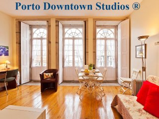 Dowtown Studio 1 - Romantic - Porto vacation rentals