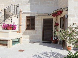 MANDARINO - RESIDENCE BORGO ANTICO - Diso vacation rentals