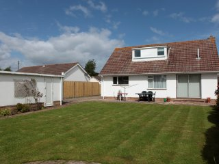Charlottes Rest located in Mudeford, Dorset - Bournemouth vacation rentals