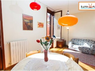 Vacation Home close to the beach with Wi-Fi - Lido di Ostia vacation rentals