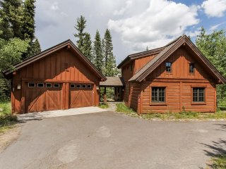 Nice House with Television and DVD Player - Donnelly vacation rentals
