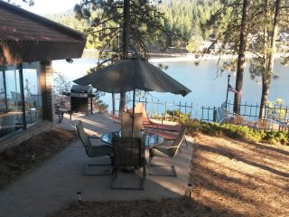 Drop Dead View, Gorgeous Villa, Fishing Mecca,WIFI - Hayden Lake vacation rentals