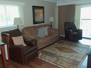 Two Bedroom Condo in Downtown Gatlinburg (Unit 512) - Gatlinburg vacation rentals