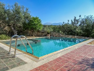 Spacious Villa with Internet Access and Shared Outdoor Pool - Chania vacation rentals