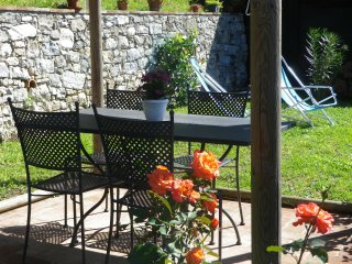 Cozy 2 bedroom Camaiore House with Internet Access - Camaiore vacation rentals