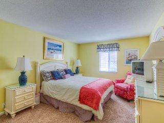 Lovely 2 bedroom Condo in Saint Simons Island - Saint Simons Island vacation rentals
