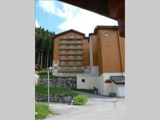 Stunning two bedroom alpine apartment - Saint Jean d'Aulps vacation rentals