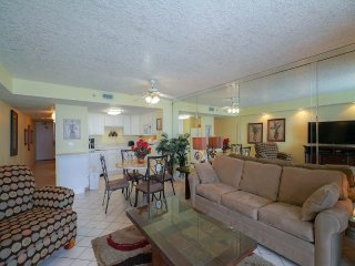 Nice 1 bedroom Destin Apartment with Internet Access - Destin vacation rentals