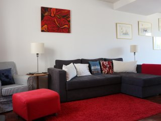 FAMILY APARTMENT - ESTORIL - Estoril vacation rentals
